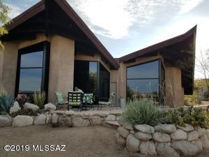 8115 E Cloud Road, Tucson, AZ 85750