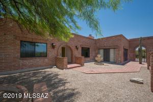 5011 N Camino Esplendora, Tucson, AZ 85718