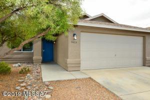 9414 E Lochnay Lane, Tucson, AZ 85747