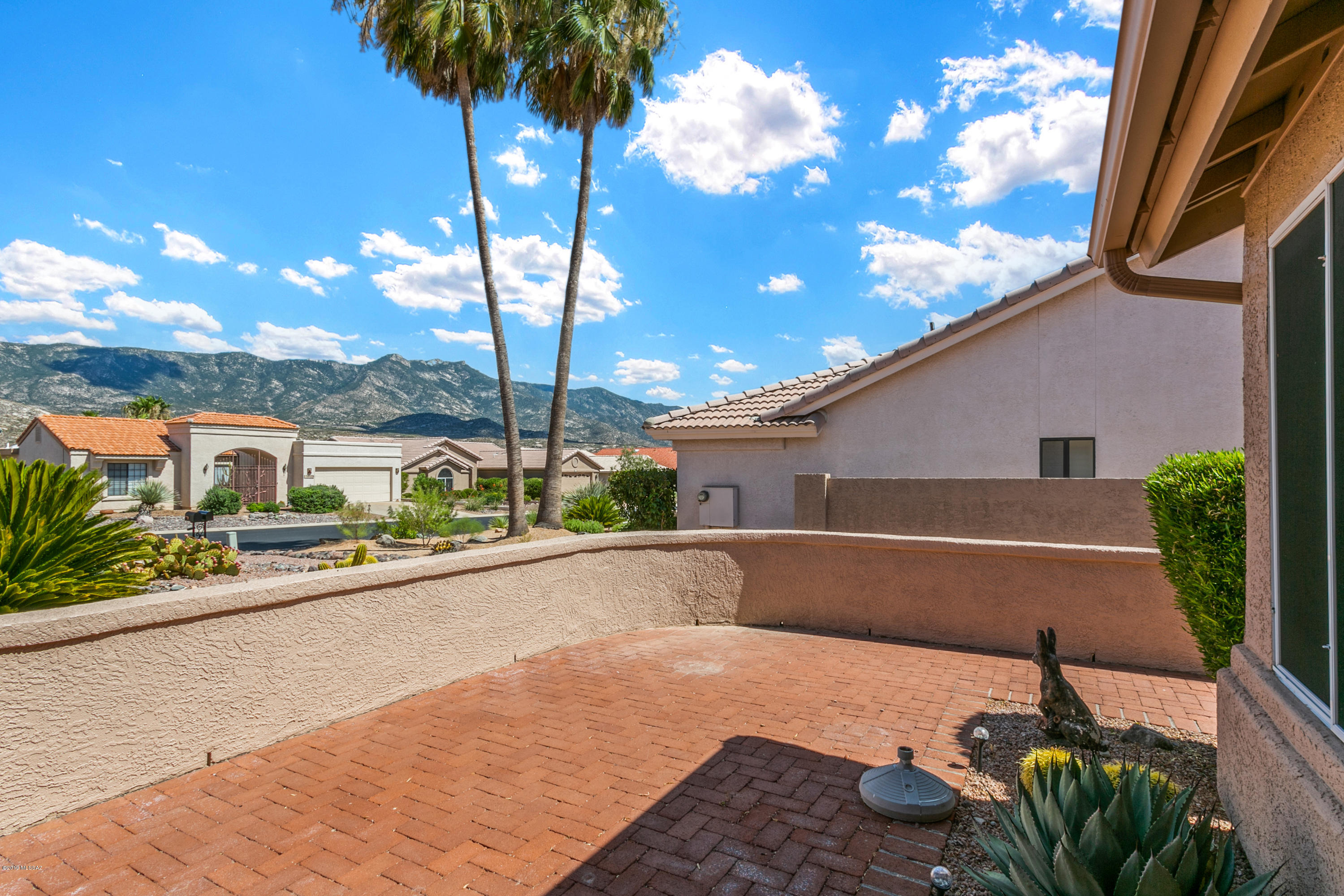 Photo of 37990 S Elbow Bend Drive, Tucson, AZ 85739