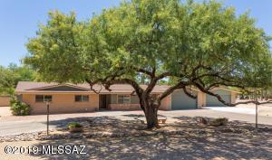 11837 E Wagon Trail Road, Tucson, AZ 85749