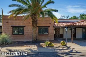 369 S Paseo Chico, Green Valley, AZ 85614