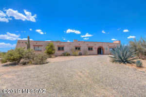 Classic Tucson white washed brick Territorial. ORIGINAL OWNER!!!