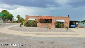 733 S La Brisa, Green Valley, AZ 85614