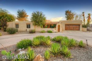 1760 E Rio De La Loma, Tucson, AZ 85718