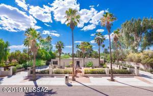 25 E Calle Primorosa W, Tucson, AZ 85716
