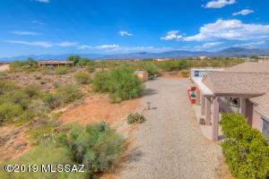 2701 E Lomas Drive, Vail, AZ 85641