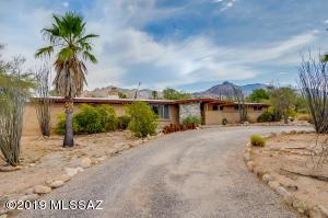 721 E Camino De Fray Marcos, Tucson, AZ 85718
