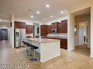 13090 N Artifact Canyon Lane, Oro Valley, AZ 85755
