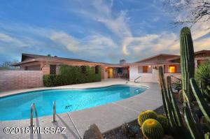 6661 N Montezuma Drive, Tucson, AZ 85718