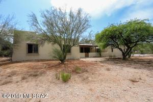 9930 E War Bonnet Lane, Tucson, AZ 85749