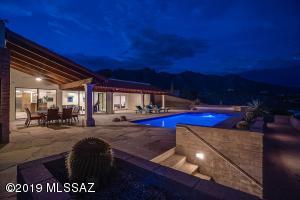 6802 N Table Mountain Road, Tucson, AZ 85718