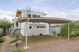 151 Silverbell Avenue S, Tucson, AZ 85745