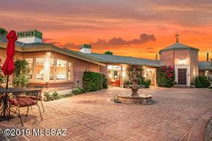 5760 N Camino Miraval, Tucson, AZ 85718