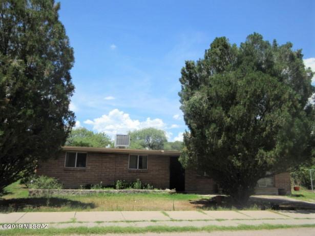 Photo of 20 Garden View Dr, Nogales, AZ 85621