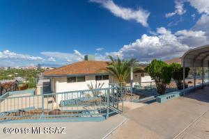 40 N Bella Vista Drive, Tucson, AZ 85745