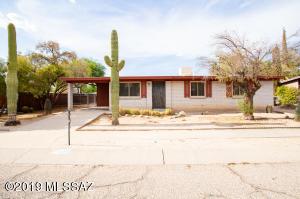 7427 N Stanton Place, Tucson, AZ 85741