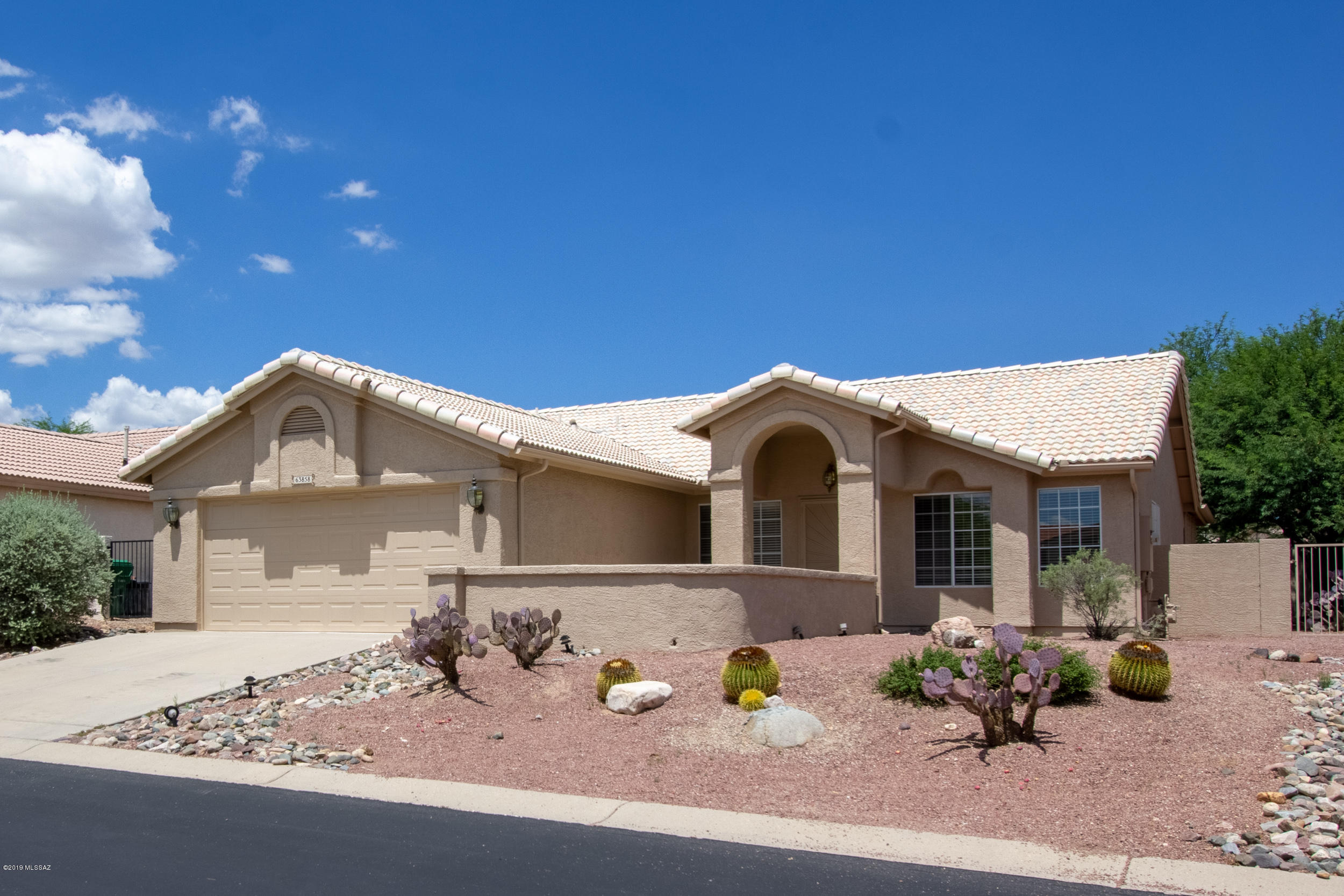 Photo of 63858 E Poco Lane, Saddlebrooke, AZ 85739