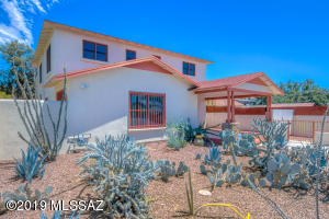 1040 N Arizona Avenue, Tucson, AZ 85705