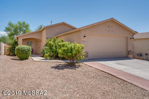 10142 E Desert Gorge Drive, Tucson, AZ 85747