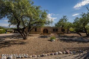 11422 E Holster Drive, Tucson, AZ 85749