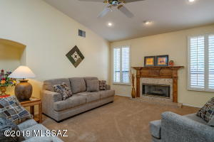 7060 E Calle Morera, Tucson, AZ 85750