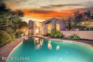 3940 E San Simeon Drive, Tucson, AZ 85718