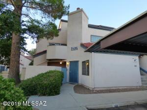 4203 N River Grove Circle, Tucson, AZ 85719