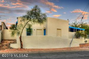 817 S 10Th Avenue, Tucson, AZ 85701