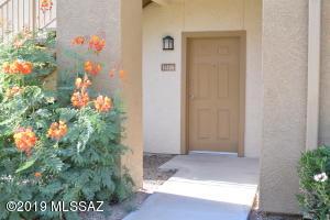 2550 E River Road, 16106, Tucson, AZ 85718