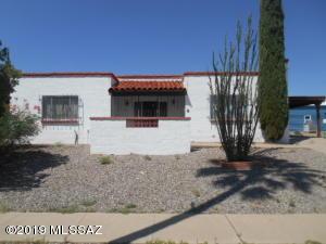640 S Abrego Drive, Green Valley, AZ 85622