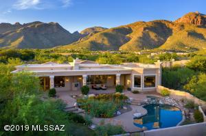 2404 E Long Shadow Place, Tucson, AZ 85718