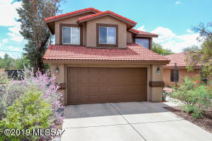 4633 W Knollside Street, Tucson, AZ 85741