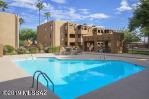 1810 E Blacklidge Drive, 314, Tucson, AZ 85719