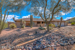 4908 E Calle Capistrano, Tucson, AZ 85718