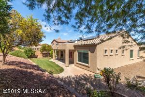 8533 N Crosswater Loop, Tucson, AZ 85743