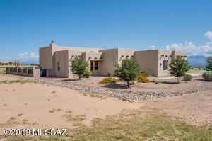 6291 E Saddlehorn Circle, Hereford, AZ 85615