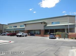 730 W Calle Arroyo Sur, Green Valley, AZ 85614