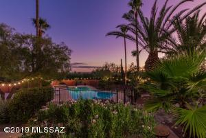 6801 N Catalina Avenue, Tucson, AZ 85718