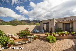 7280 N Camino Sin Vacas, Tucson, AZ 85718