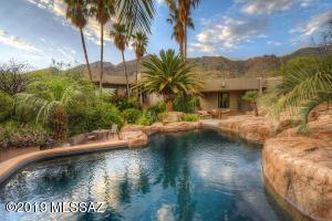 6900 N Vista Del Pueblo, Tucson, AZ 85718