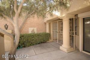 7051 E Calle Tolosa, Tucson, AZ 85750