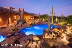 Stunning NE Tucson Ray Birch Santa Fe Home