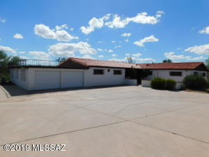 355 W Mission Twin Buttes Road, Green Valley, AZ 85622