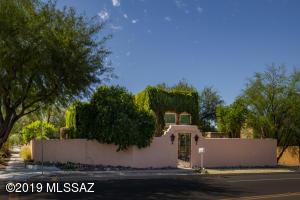 2944 E Elm Street, Tucson, AZ 85716