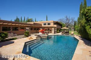8499 E Woodland Road, Tucson, AZ 85749