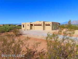 4358 W Placita Tres Rocas W, Tucson, AZ 85745
