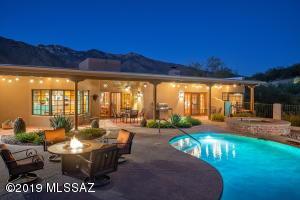 5650 E Pinchot Road, Tucson, AZ 85750