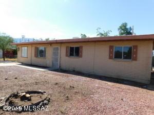 3220 E Stallion Lane, Tucson, AZ 85739