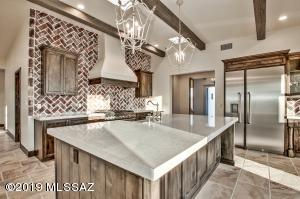 4615 N Lason Lane, Tucson, AZ 85749